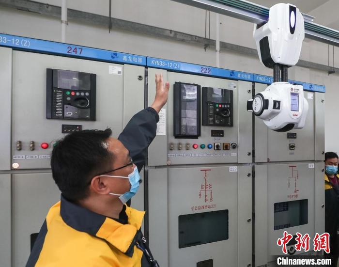 变电所智能机器人助力巡检工作 多项科技打造智慧出行